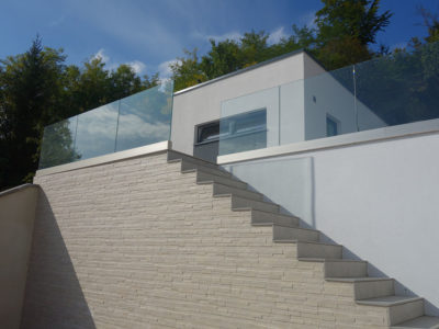 glass railing with sabco profile