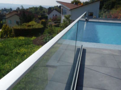 sadev glass railing