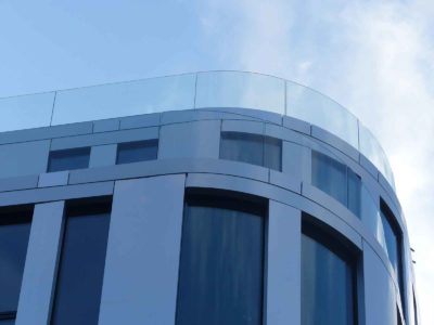 bespoke glass railing made of toughened laminated glass