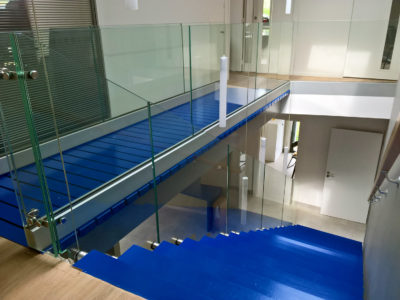 safety glass railing
