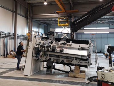 equipment installation machining glass plates