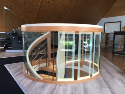 curved laminated glass railing