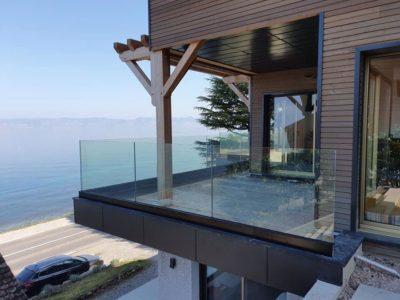 tempered laminated glass railing
