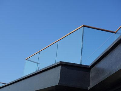 bespoke glass handrail