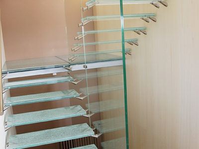 design glass staircase