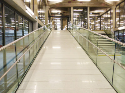 glass handrail laminated glass