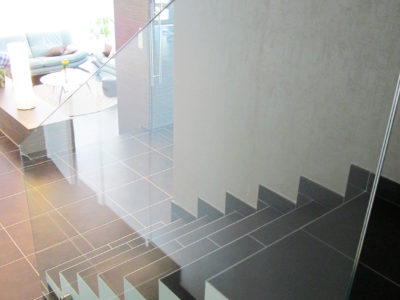 glass railing for staircase