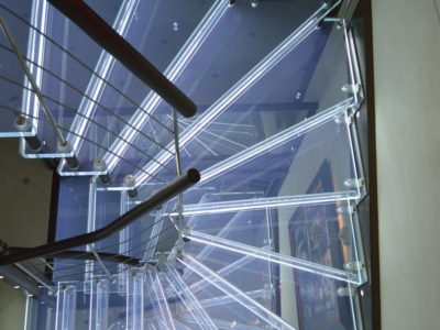laminated glass stairs leds incorporation