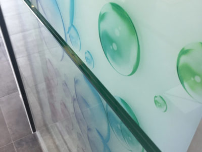 lateral glass handrail on profile