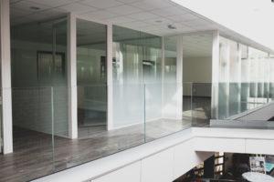 Onlevel glass railing