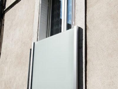 window glass railing